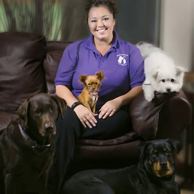 Jennifer Taylor, Owner of JenLovesPets